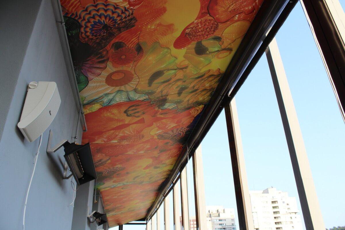 Seven Inn Poker Club Bar Grill Brasov tavan extensibil imprimat